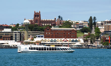 Newcastle, Australia: Travel & Nightlife
