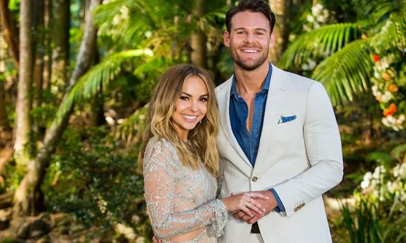 The Bachelorette Wins The Heart Of Australia